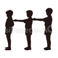 並ぶ小学生